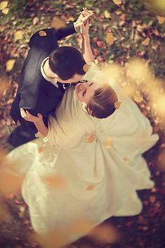 30 Couple Moments That Must Be Captured At Your Wedding ❤ This gallery of beautiful couples moments during the wedding is sure to give you some inspirational ideas for your wedding album. See more: http://www.weddingforward.com/wedding-photo-ideas-couple-moments-must-take/ #wedding #moments
