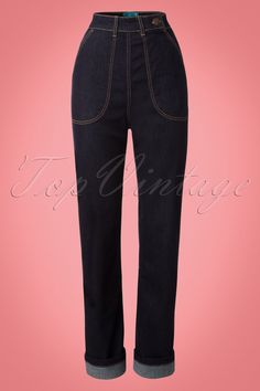 These 50s Weston Jeans in Denim are a real classic! The first denim trousers were made in 1847 but in the 1930s they became really known when Hollywood started producing Western movies. Denim then changed from work wear to television icon, but it were movie stars like John Wayne, James Dean and Marilyn Monroe who are responsible for the real denim success! Weston is a real classic that will last for years thanks to the feminine high waist, contrasting stitches and straight cut legs. Team up…