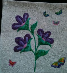 COUNTRY LOG CABIN: SISTERS QUILT SHOW--I love the background quilting