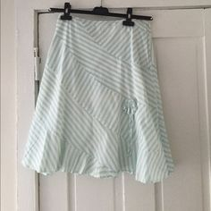 Anthropologie skirt Perfect for summer, striped skirt with flower detail Anthropologie Skirts Midi