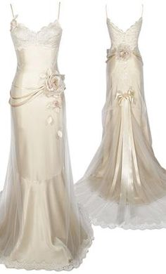 Image detail for -Realizando sonhos: Vestidos da semana: Claire Pettibone Classy Outfits, Pretty Outfits, Pretty Dresses, Claire Pettibone, Vestidos Vintage, Vintage Dresses, Used Wedding Dresses, Bridesmaid Dresses, Gala Gowns