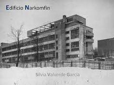 """CONSTRUCTIVISMO. """"Edificio Narkomfin"""". Moisei Ginzburg, Ignaty Milinis, 1929. Este rompió con las formas tradicionales de construcción, la composición espacial y la arquitectura del complejo demuestran la búsqueda radical de una nueva forma para los bloques de apartamentos contemporáneos. El edificio se convertiría en un prototipo de los modernos bloques de apartamentos y urbanizaciones para toda Europa."""