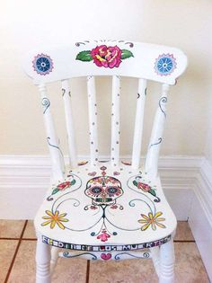 Day of the Dead Style Hand Painted Chair by MissJHW on Etsy, I love the colors and design, except for the skull. Just not into Day of the Dead themed anything. Hand Painted Chairs, Funky Painted Furniture, Upcycled Furniture, Diy Furniture, Painted Tables, Decoupage Furniture, Furniture Design, Furniture Makeover, Decoration