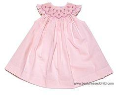 I love me a nice smocked dress