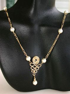 Spiral-Diamond Necklace Jewelry Making Project made with WigJig tools, beads, jewelry wire and jewelry supplies.