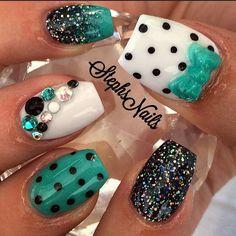 Cute pokadot nails