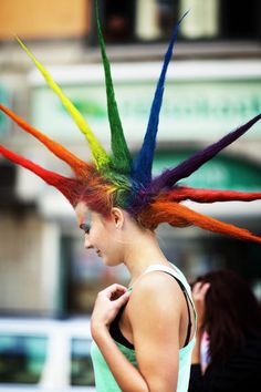 A rainbow of large & in charge punk spikes! ♥ Rockin' it sista! \m/