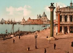 Resumen ejecutivo www.larouchepub.com500 × 368Buscar por imagen La plaza de San Marcos en Venecia. El reinado imperial de la forma ultramontana de la oligarquía financiera veneciana y sus aliados de la caballería normanda sobre el Mediterráneo, llevó a la