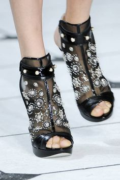 I know these shoes from Jason Wu are already gone.   http://www.elle.com/accessories/bags-shoes-jewelry/spring-2013-fashion-week-runway-accessories?click=smart=ist=smart=ELM=http://www.elle.com/accessories/bags-shoes-jewelry/spring-2013-fashion-week-runway-accessories-SMT-ELM#slide-42
