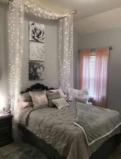 Teenage Room Themes Bedrooms Bedroom Designs For Girls Girl Bedroom Designs Bedroom bedrooms Designs Girls room Teenage Teengirlbedroomideas themes Bedroom Makeover, Bedroom Themes, Girl Bedroom Designs, Bedroom Diy, Room Inspiration, Apartment Decor, Teenage Room, Bedroom Decor, Dream Rooms