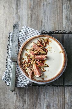 ... frolla di farro al burro chiarificato con crema di latte, fichi, e vino cotto ...