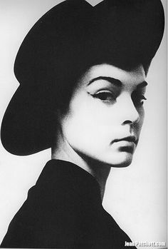 Jean Patchett, Photography By Irving Penn For Vogue, February, 1949 / Click to Close