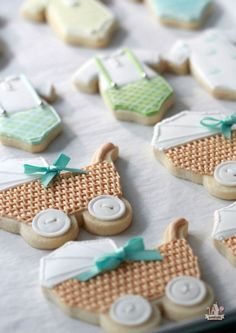 {Video} How to Pipe Basket Weave / Baby Carriage Cookies | Sweetopia