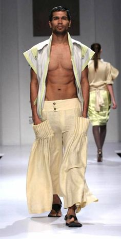 Greek men fashion now Greek Inspired Fashion, Greek Fashion, Fashion Now, Paris Fashion, Fashion Models, Mens Fashion, Fashion Outfits, Latest Fashion, Urban Outfits