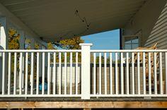 Eller såhär New England, Balcony, Porch, Loft, Cottage, Outdoor Decor, Inspiration, Furniture, Design