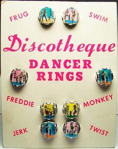 VARI-VUE: 1963 DISCOTHEQUE Flicker Lenticular DANCER RINGS