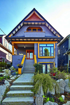 vancouver craftsman homes Craftsman Exterior, Exterior Paint, Craftsman Homes, Fairytale House, Purple Home, Historic Homes, Victorian Homes, House Painting, Old Houses