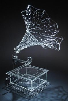 Studio glass or glass sculpture is the modern use of glass as an artistic medium to produce sculptures or three-dimensional artworks. The glass objects created are intended to make a sculptural or Cut Glass, Glass Art, Cristal Art, Swarovski, Snow Sculptures, Sculpture Ideas, Ice Art, Snow Art, 3d Prints