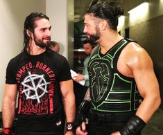 Roman Reigns and Seth Rollins talking backstage at Raw Roman Reigns Logo, Wwe Roman Reigns, Seth Freakin Rollins, Seth Rollins, Roman Empire Wwe, Wwe Raw And Smackdown, Wwe Total Divas, The Shield Wwe, Wrestling Superstars