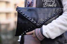 clutch with skull of C EC moda brand   www.facebook.com/modaCEC