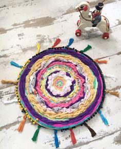 Tissage : le tapis rigolo recyclé - Wool ma Poule
