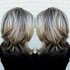3 Tips on How to Avoid Gray Hair Short Hair With Layers, Long Hair Cuts, Layered Hair, Medium Hair Styles, Short Hair Styles, Medium Shag Haircuts, Hair Color Highlights, Shoulder Length Hair, Stylish Hair