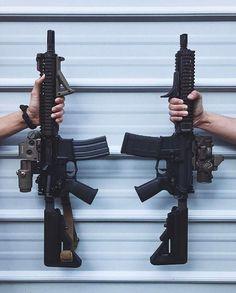 #Repost @callsignninja ・・・ C o l t M 4 A 1 C Q B R x 2 Left: U.S. Army SOF/NSW CQBR Right: MARSOC CQBR
