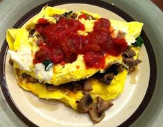Medifast Egg Omelet - Very filling Lean and Green recipe on the blog!  #medifast #recipes #leanandgreen