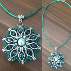 visual result of the pendant with apparatus - DIY Schmuck Beaded Jewelry Designs, Jewelry Patterns, Wire Jewelry, Jewelry Bracelets, Jewelery, Diy Schmuck, Schmuck Design, Seed Bead Projects, Beading Patterns Free