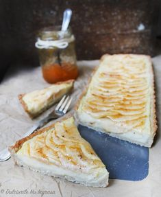 Tarta cu Mere si Crema de Vanilie (fara zahar, fara unt, fara faina alba, 100% sanatoasa) – Dulciurile nu îngrașă Unt, Dairy, Cheese