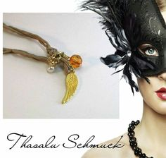 Engelsflügel Kette mit Krone zu finden auf Facebook Thasalu Schmuck   https://m.facebook.com/Thasalu-Schmuck-Chunks-Co-295839107195113/