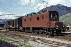 Swiss Railways, Electric Train, Oil Rig, Electric Locomotive, Bahn, Car Garage, Old And New, Abandoned, Transportation