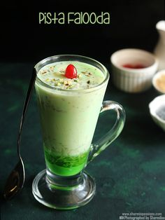 pista falooda recipe with step by step pictures.pista falooda recipe with homemade pista icecream.pista falooda is easy to make and makes a great dessert. Indian Drinks, Indian Desserts, Indian Sweets, Indian Food Recipes, Vegetarian Recipes, Cooking Recipes, Pakistani Desserts, Great Desserts, Dessert Recipes