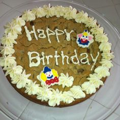 Chocolate Chip Cookie Cake, Cookie Cakes, Chocolate Chip Recipes, Happy Birthday, Birthday Cake, Chips, Desserts, Food, Happy Brithday