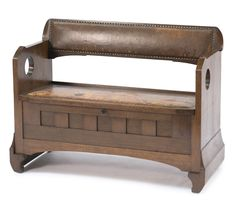 Richard Riemerschmid. '(14)3' Chest/Bench, 1903. H. 79.5 cm, 102 x 47.5 cm. Made by Dresdner Werkstätten, Hellerau. Oak, dark brown leather.