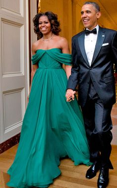 Did your heart just speed up? Yeah, ours too. The first lady looked like American royalty in this Marchesa dress at the Kennedy Center Honors in2013.