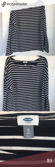 Old Navy Black & White Striped Top Old Navy Black & White Striped Top with Long Sleeves- only worn twice! Old Navy Tops