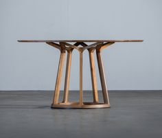 Dining tables | Tables | Pivot Table | Artisan | Michael. Check it on Architonic