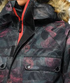 8c97b5b7a54ce 686 Dream Camo Rose 10K Snowboard Jacket