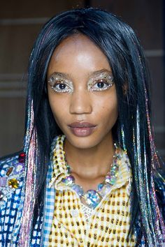 We enjoyed the wacky make up from the Ashish at Topshop show! Bling Bling, My Little Pony Hair, Models Backstage, Topshop Outfit, Hair Shows, Fancy Hairstyles, Pastel Hair, Face Hair, Diy Makeup