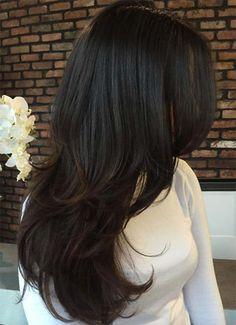 Mujer con cabello castaño oscuro con un corte a capas en cabello largo Everyday Hairstyles, Easy Hairstyles For Long Hair, Long Hair With Bangs, Wedding Hairstyles, Cool Hairstyles, Braided Hairstyles Tutorials, Hairstyles With Bangs, Black Women Hairstyles, Pixie Haircut