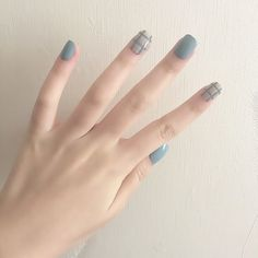 Blue Grey Style Diy Art Short Acrylic Fake Sticker Nail Tips With Glue - Nails Tip Nail Art Diy, Easy Nail Art, Diy Nails, Gel Manicures, Korean Nail Art, Korean Nails, Minimalist Nails, Nail Swag, Faux Ongles Gel