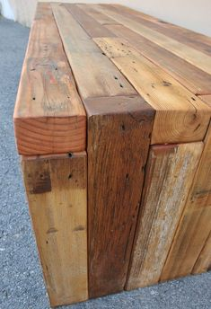 Reclaimed Wood Bench / Coffee Table choose your size image 2 Reclaimed Wood Benches, Weathered Wood, Wood Pallets, Barn Wood, Learn Woodworking, Woodworking Bench, Woodworking Projects, Custom Woodworking, Home Design