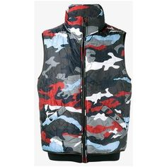 Moncler Gamme Bleu Camouflage Feather Down Gilet (57 770 UAH) ❤ liked on Polyvore featuring men's fashion, men's clothing, men's outerwear, men's vests, mens camo vest and mens down vest