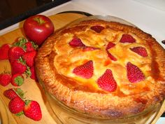 Marijun's apple and strawberry pie... hot out of the oven