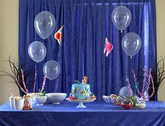 Clear 'bubble' balloons- Finding Nemo party ideas