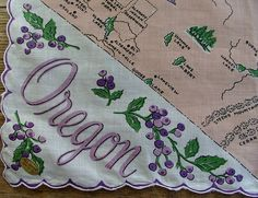 Oregon state map + purple Oregon grape....... [Handkerchief / Scarf]