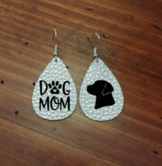 Dog Mom Faux Leather Earring, Dog Lover, Leather Earrings, Dog Mama, all dog breeds Bar Earrings, Leather Earrings, Leather Jewelry, Denim Earrings, Diy Jewelry Unique, Diy Jewelry Making, Cricut, Cross Jewelry, How To Make Earrings
