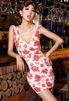 Deep V-neck Lace Embellished Fashion Floral Dress