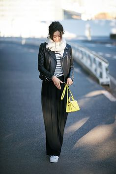 Black Leather Jacket Outfit, Bohemia Style, Rei Kawakubo, Burberry Trench Coat, Asia Girl, Leather Fashion, Chic Outfits, What To Wear, Normcore